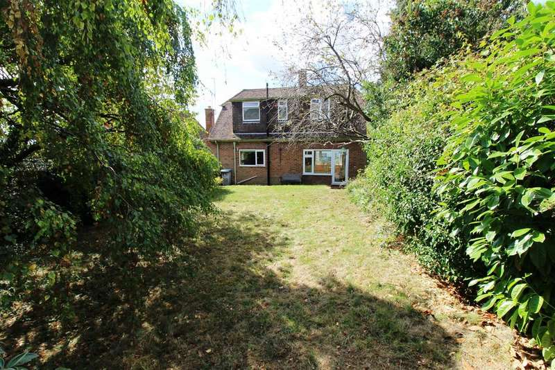 3 Bedrooms House for sale in The Horse Close, Emmer Green, Reading