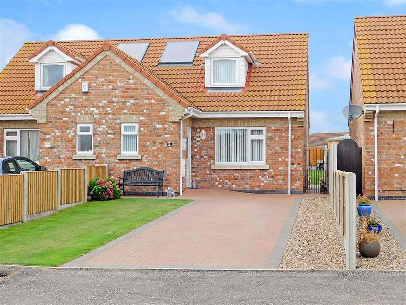 3 Bedrooms Semi Detached House for sale in Sidney Close , Chapel St. Leonards, Skegness, PE24 5WB
