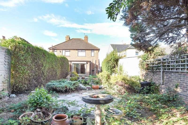 2 Bedrooms House for sale in Whitley Wood Lane, Reading, RG2