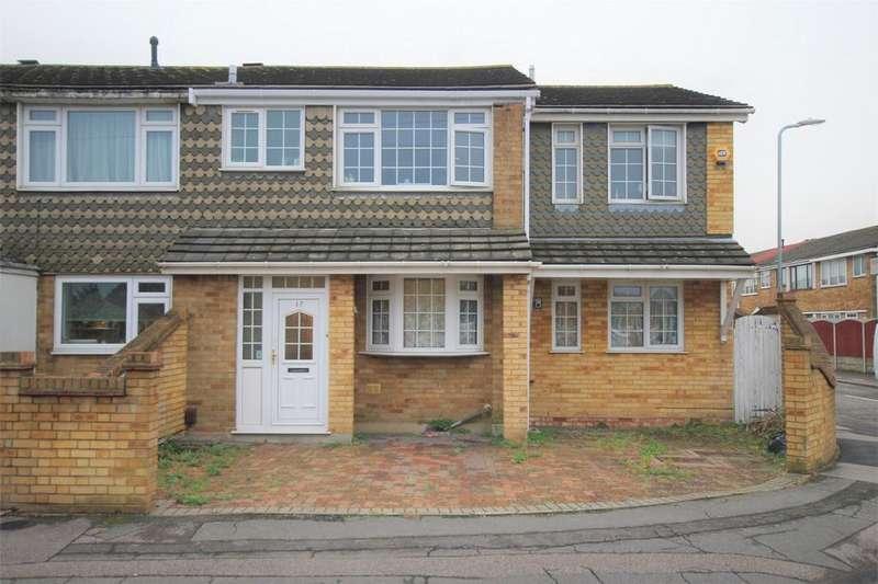 4 Bedrooms End Of Terrace House for sale in Blake Close, Rainham, Essex