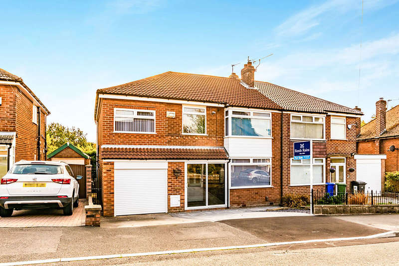 4 Bedrooms Semi Detached House for sale in Scott Road, Denton, Manchester, M34