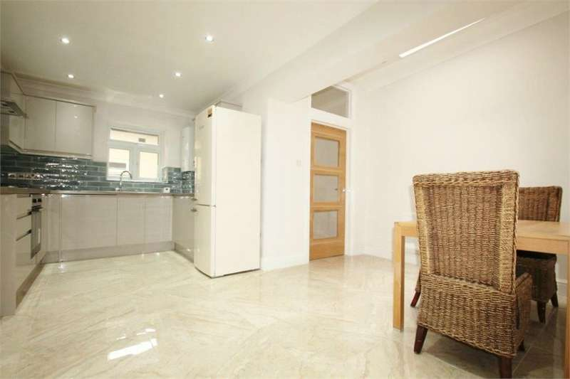 5 Bedrooms Terraced House for sale in High Road, Leytonstone E11