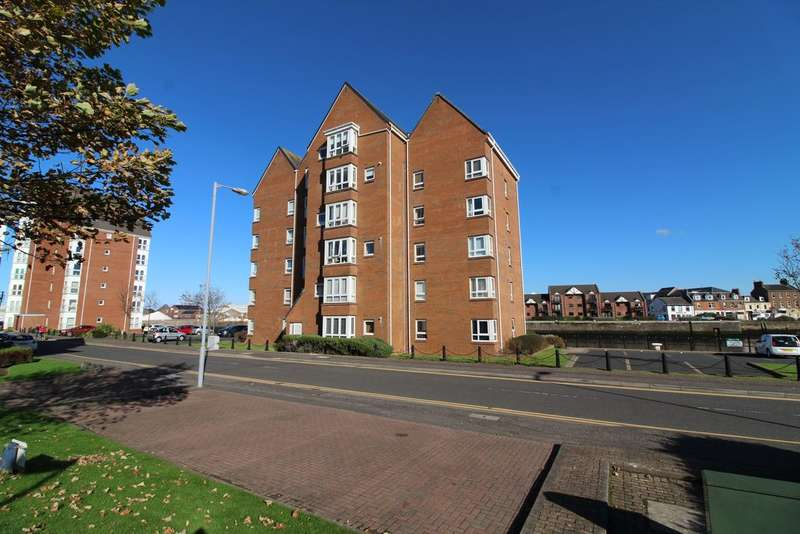 2 Bedrooms Maisonette Flat for sale in Buchan Court, Ayr, KA7