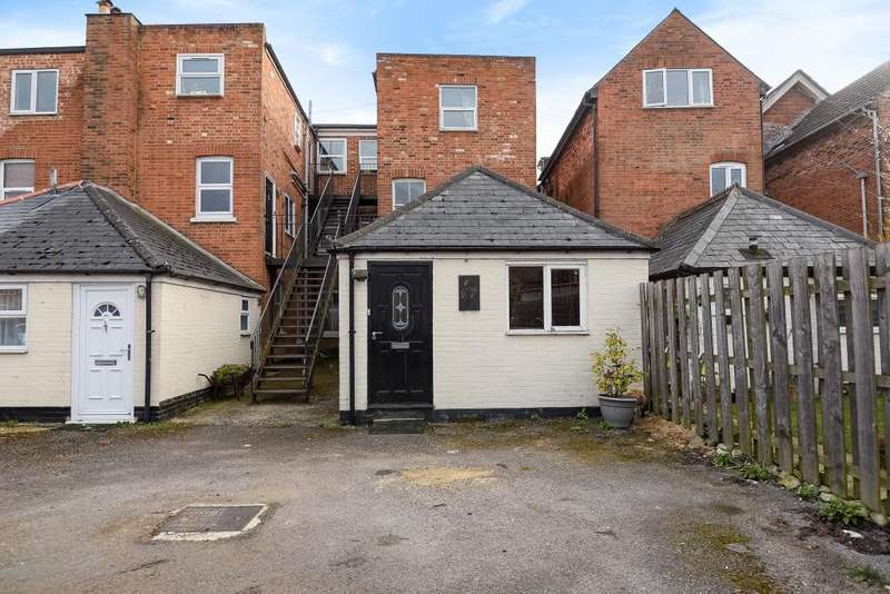 1 Bedroom Flat for sale in Craven Road, Newbury, RG14