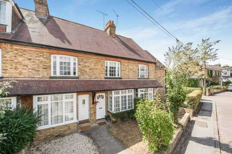 3 Bedrooms Terraced House for sale in Myrtle Cottages, The Green, Sarratt, Herts WD3