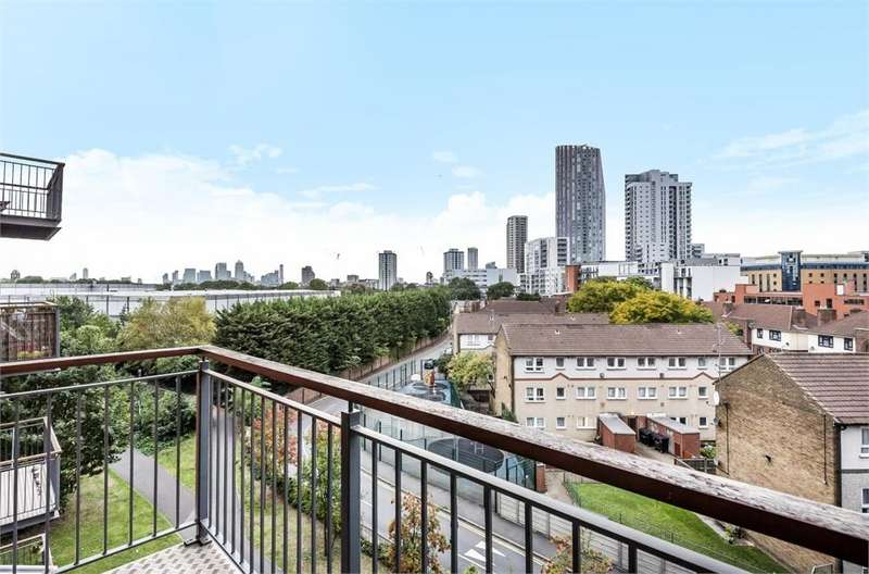 1 Bedroom Flat for sale in Burford Wharf Apartments, 3 Cam Road, London
