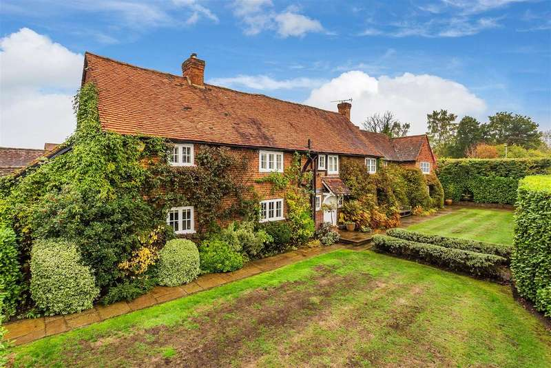 5 Bedrooms Detached House for sale in The Street, West Clandon, Guildford
