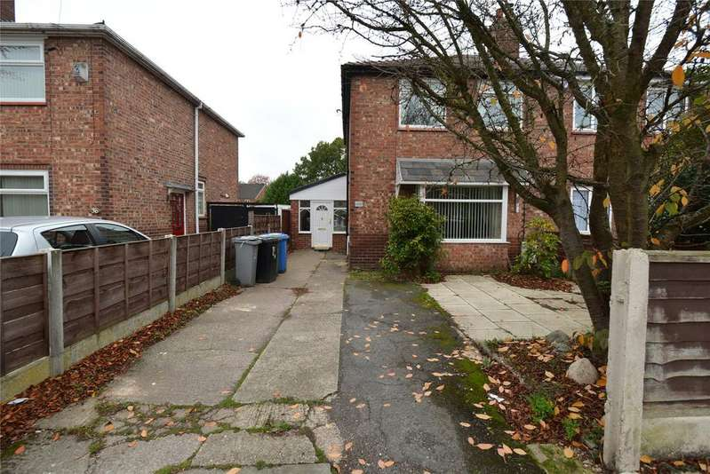 3 Bedrooms Semi Detached House for sale in Broadway, Partington, Manchester, Greater Manchester, M31