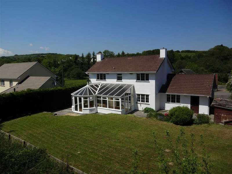 4 Bedrooms Detached House for sale in Brayford, Barnstaple, Devon, EX32