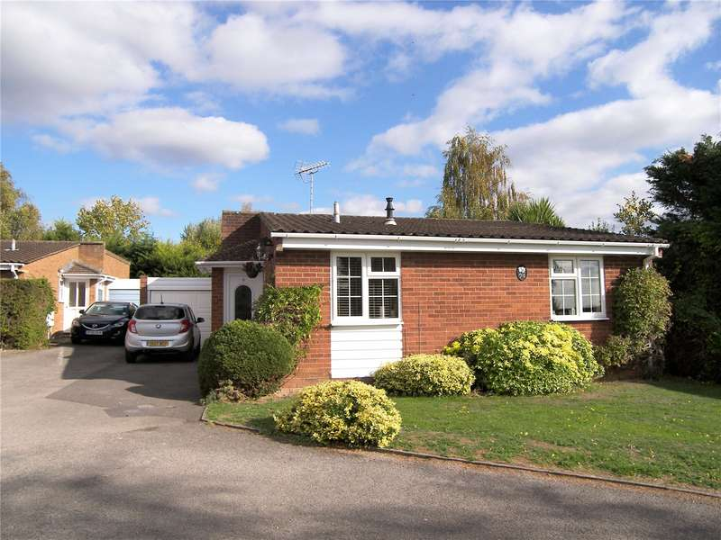 2 Bedrooms Detached Bungalow for sale in Hurst Park Road, Twyford, Reading, Berkshire, RG10