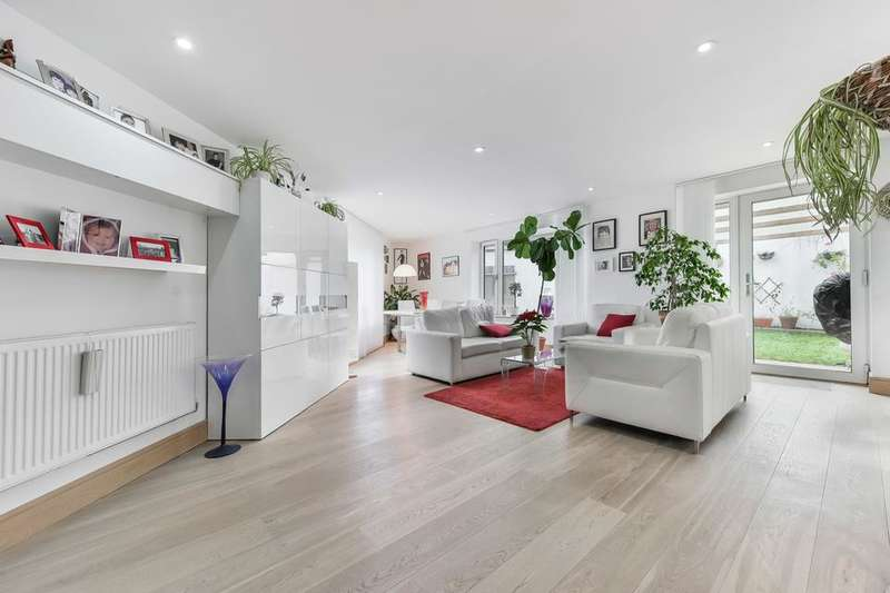 3 Bedrooms End Of Terrace House for sale in Liberty Street, London SW9