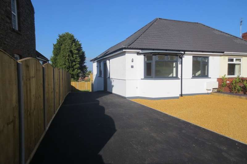 3 Bedrooms Semi Detached Bungalow for sale in Gladstone Street, Soundwell, BS16