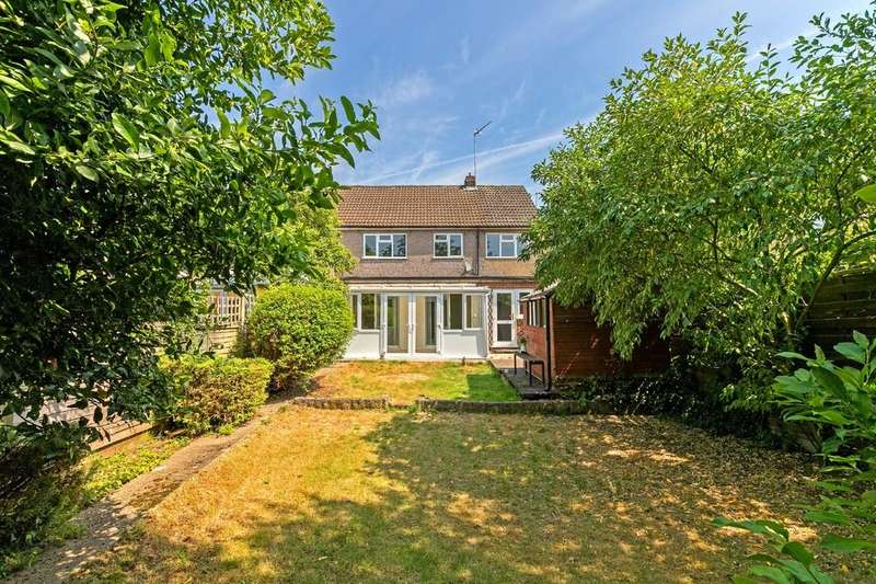 4 Bedrooms Semi Detached House for sale in King Edwards Road, Ware