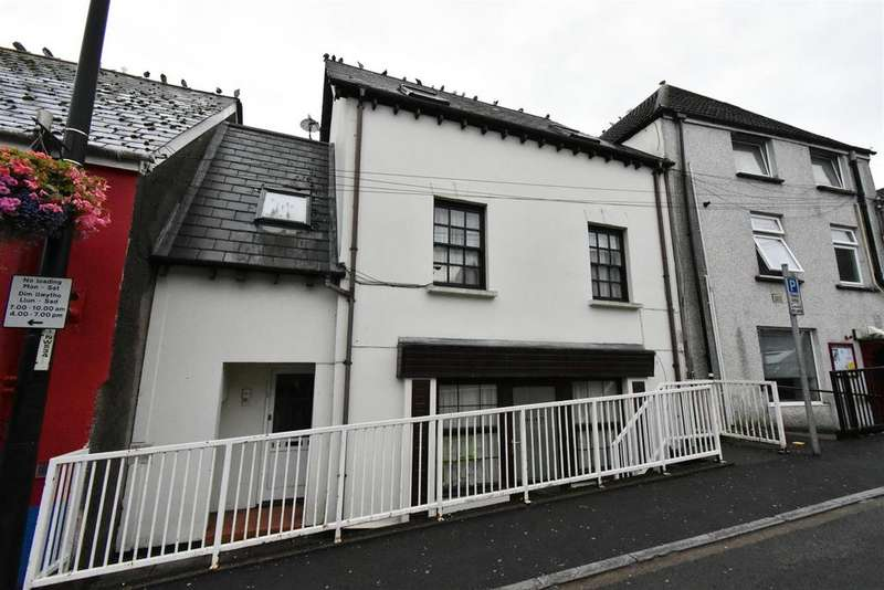 2 Bedrooms Flat for sale in Thomas Street, Chepstow