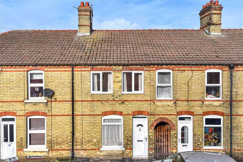 2 Bedrooms Terraced House for sale in Alexandra Road, Sleaford, NG34