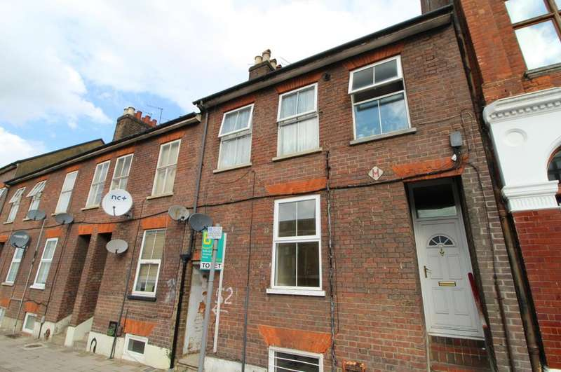 1 Bedroom Flat for sale in Guilford Street, Luton