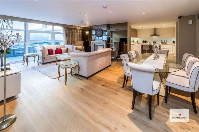 3 Bedrooms Apartment Flat for sale in Salem Road, London