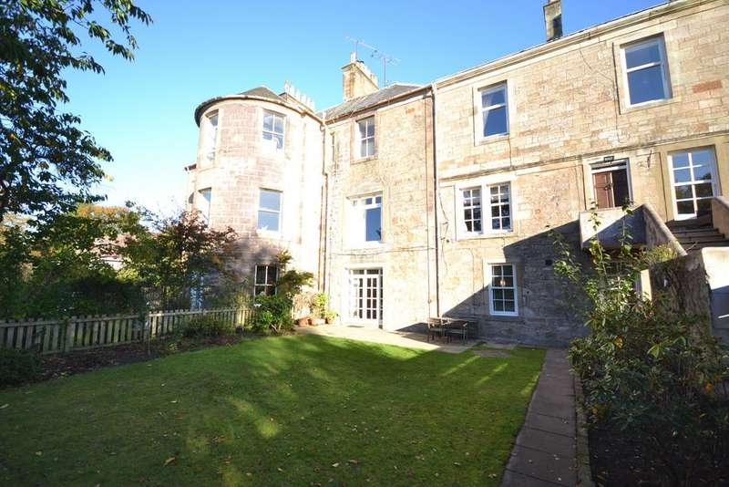 3 Bedrooms Apartment Flat for sale in 1 Mount Charles House Mount Charles Crescent, Alloway, KA7 4NY