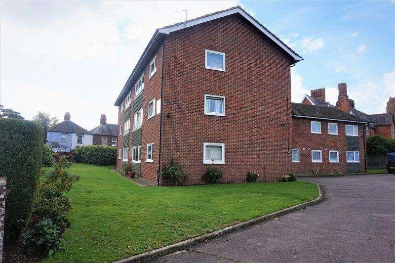 2 Bedrooms Apartment Flat for sale in Link Road, Newbury