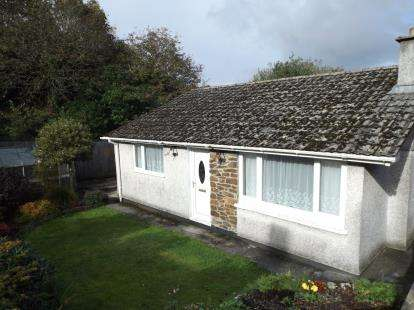 3 Bedrooms Bungalow for sale in Bugle, St. Austell, Cornwall