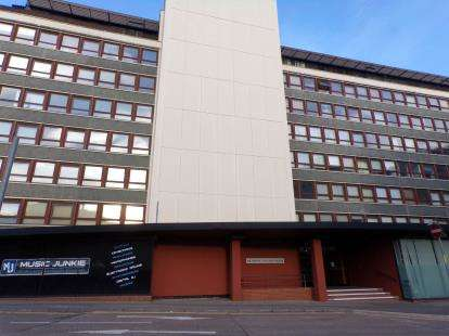 2 Bedrooms Flat for sale in Lee Circle, Leicester, Leicestershire