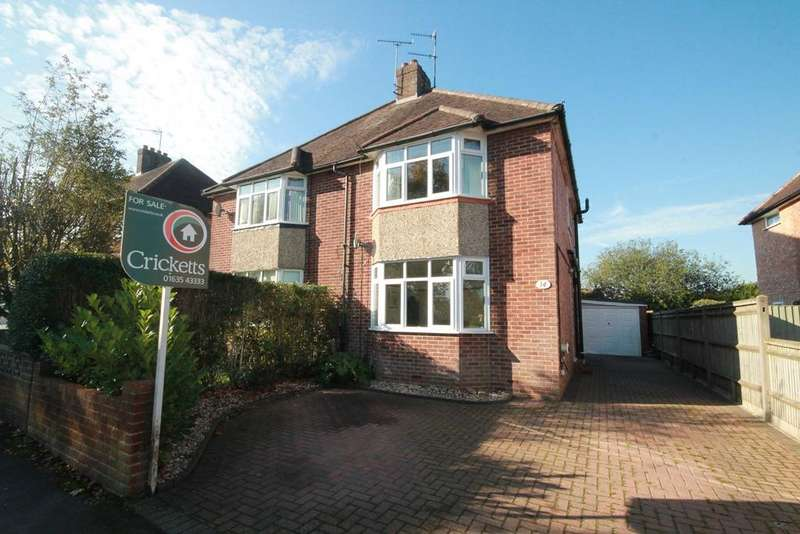3 Bedrooms Semi Detached House for sale in Valley Road, Newbury, RG14