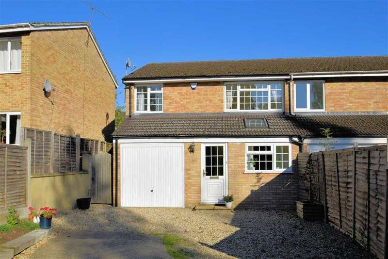 4 Bedrooms Semi Detached House for sale in Lowfield Road, Caversham Park, Reading