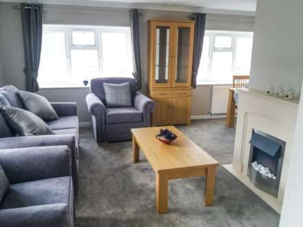 2 Bedrooms Mobile Home for sale in Gattingdon Residential Park, Lincolnshire