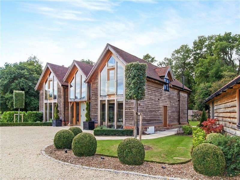 4 Bedrooms Detached House for sale in Elstead Road, Shackleford, Godalming, Surrey, GU8