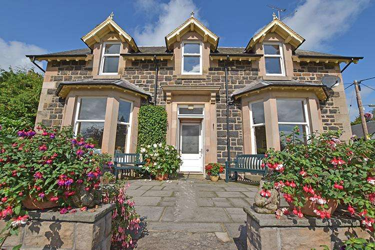 4 Bedrooms House for sale in Upper Allan Street, BLAIRGOWRIE PH10