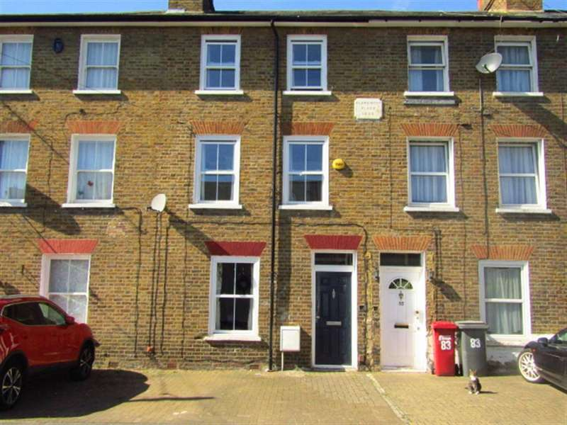3 Bedrooms Terraced House for sale in Park Street, Slough, Berkshire, SL1 1PX