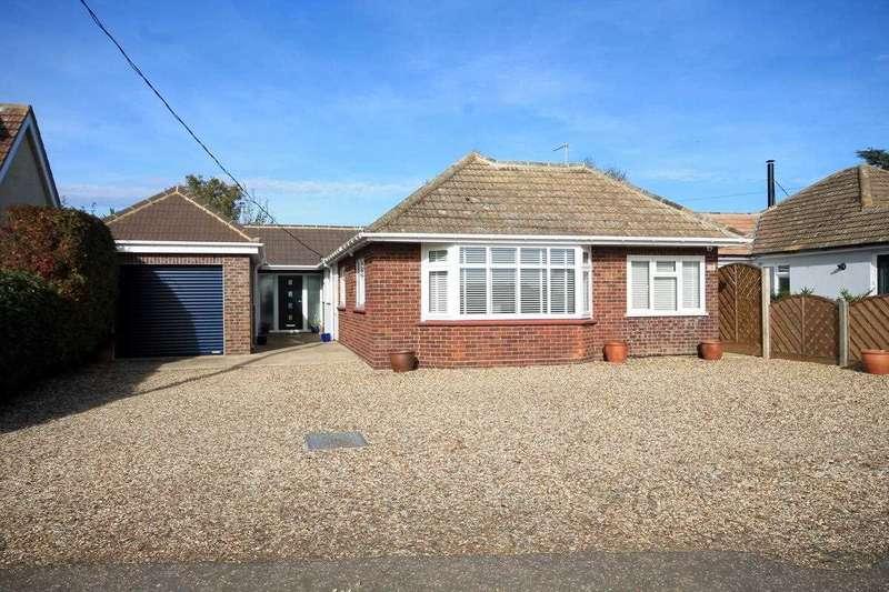 3 Bedrooms Bungalow for sale in Bentley Road, Weeley Heath