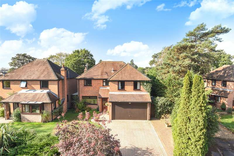 4 Bedrooms Detached House for sale in Alderley Close, Woodley, Reading, Berkshire, RG5