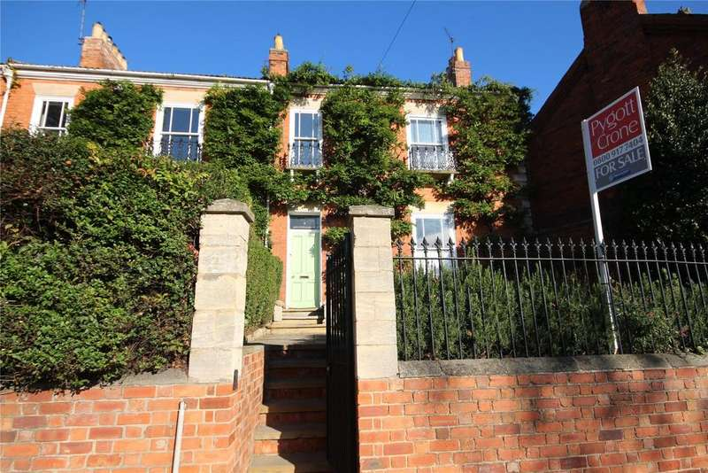 4 Bedrooms Terraced House for sale in Barrowby Road, Grantham, NG31