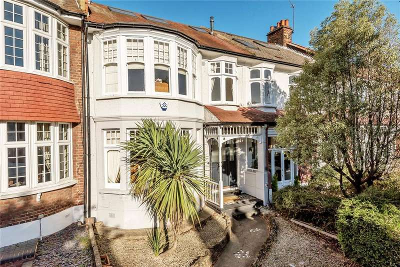 4 Bedrooms Terraced House for sale in St Georges Road, Palmers Green, London, N13