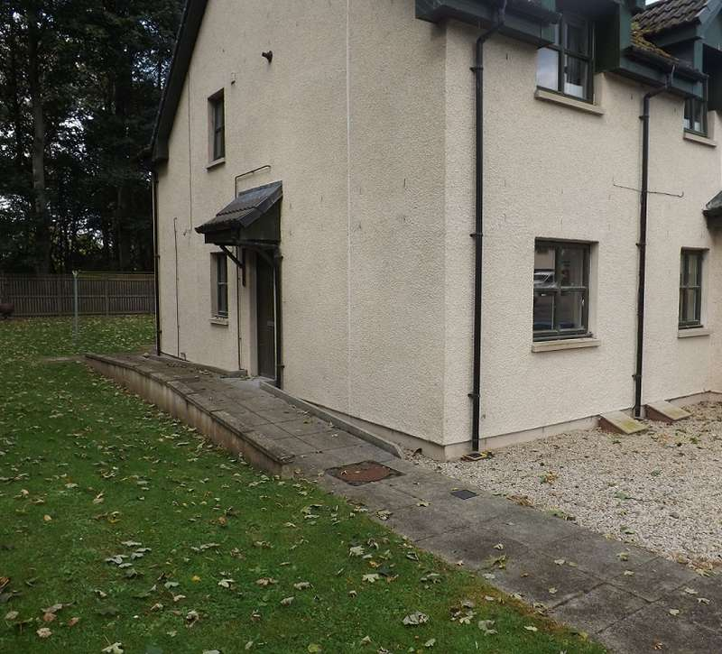 2 Bedrooms Ground Flat for sale in Teaninich Paddock, Teaninich, Alness IV17