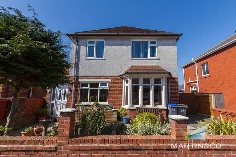 4 Bedrooms Detached House for sale in Cleator Avenue , Blackpool FY2