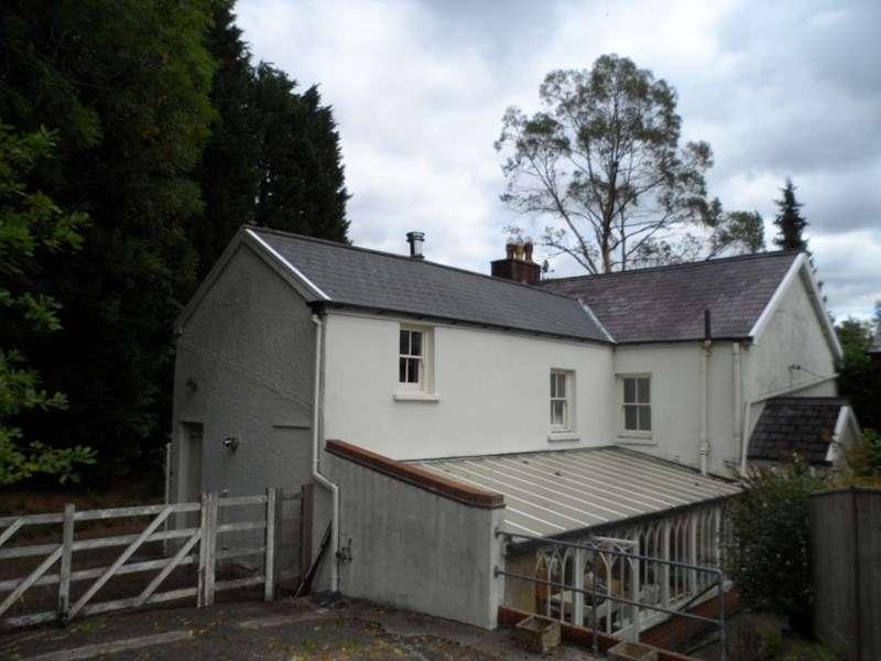 5 Bedrooms Property for sale in New Road, Ystradowen, Swansea
