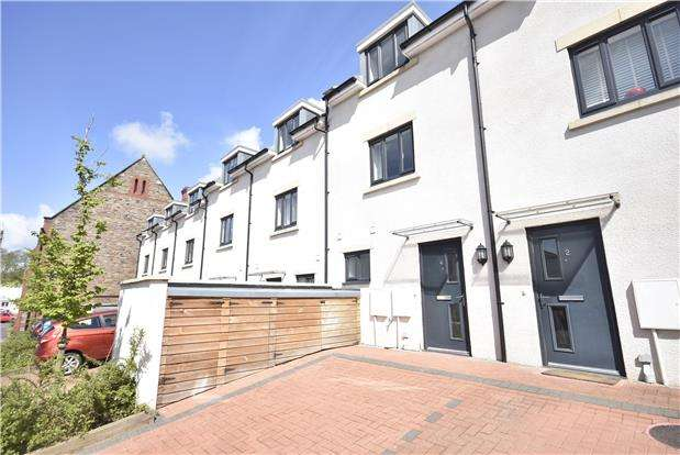 4 Bedrooms Terraced House for sale in Durnford Avenue, Ashton, Bristol, BS3 2AL