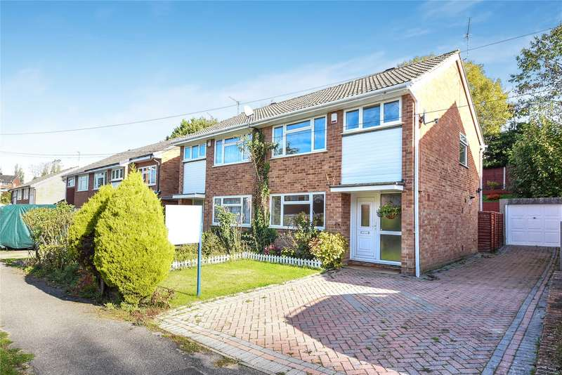 3 Bedrooms Semi Detached House for sale in Ferndale Avenue, Reading, Berkshire, RG30