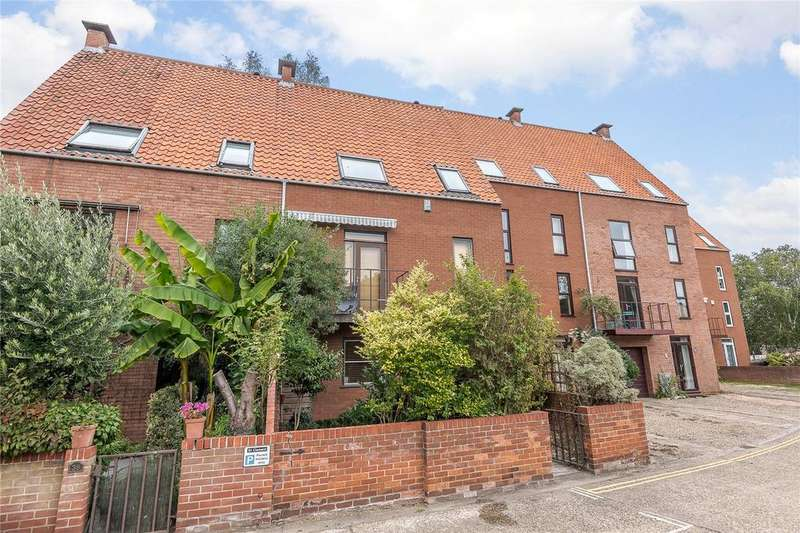 3 Bedrooms Terraced House for sale in Friars Quay, Norwich, Norfolk, NR3