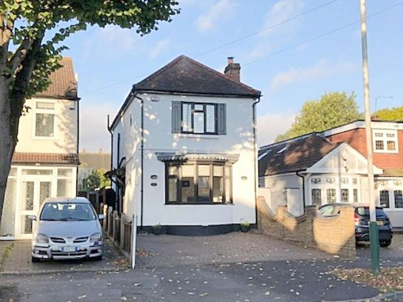 3 Bedrooms Detached House for sale in Mawney Road, Romford