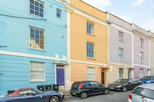 1 Bedroom Flat for sale in Anglesea Place, Clifton, Bristol