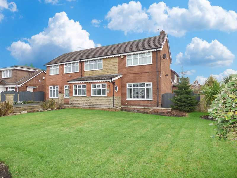 5 Bedrooms Detached House for sale in Evesham Close, Alkrington, Middleton, Manchester, M24