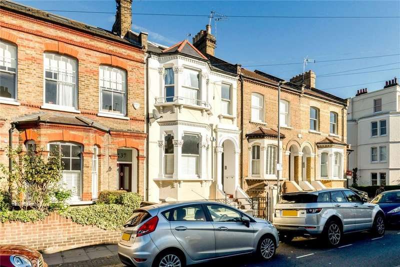 2 Bedrooms Maisonette Flat for sale in Disraeli Road, Putney, London, SW15