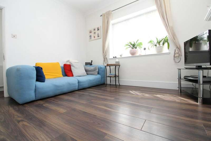 3 Bedrooms End Of Terrace House for sale in Gipsy Road, West Norwood, SE27