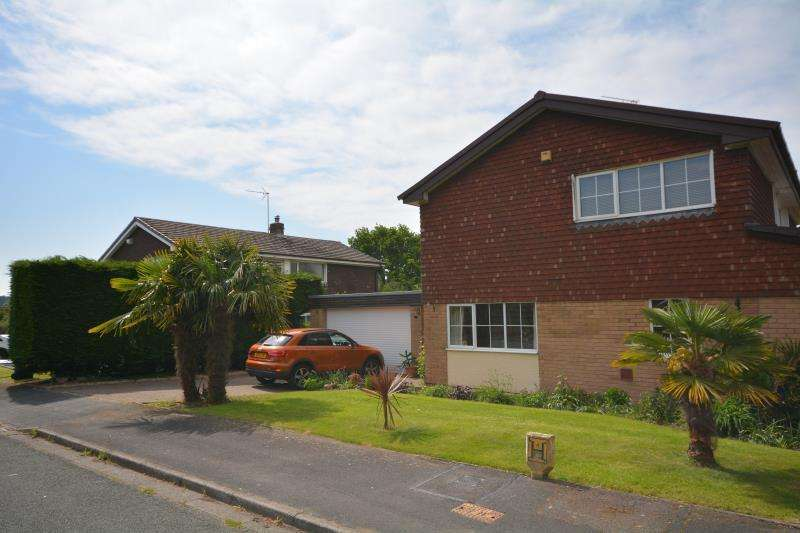 4 Bedrooms Detached House for sale in Hill Close, Ness, Cheshire CH64 4ED