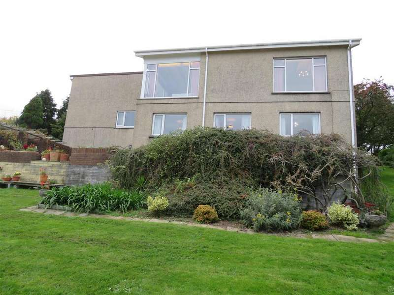 4 Bedrooms Detached House for sale in Mumbles Head, Pembrey, Burry Port