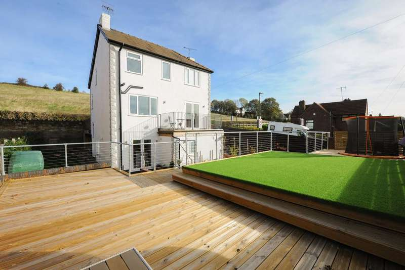 4 Bedrooms Detached House for sale in Broomhill Road, Old Whittington
