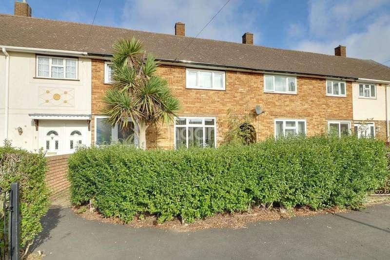 3 Bedrooms Terraced House for sale in Hedgemans Way, Dagenham